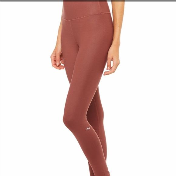 6898e46ab7 ALO Yoga Pants | Alo High Waisted Airbrush Leggings In Earth | Poshmark